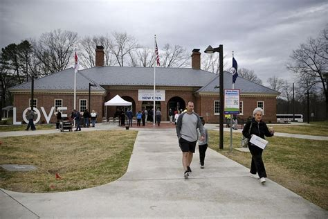 Virginia Welcome Center and renovated rest area open in