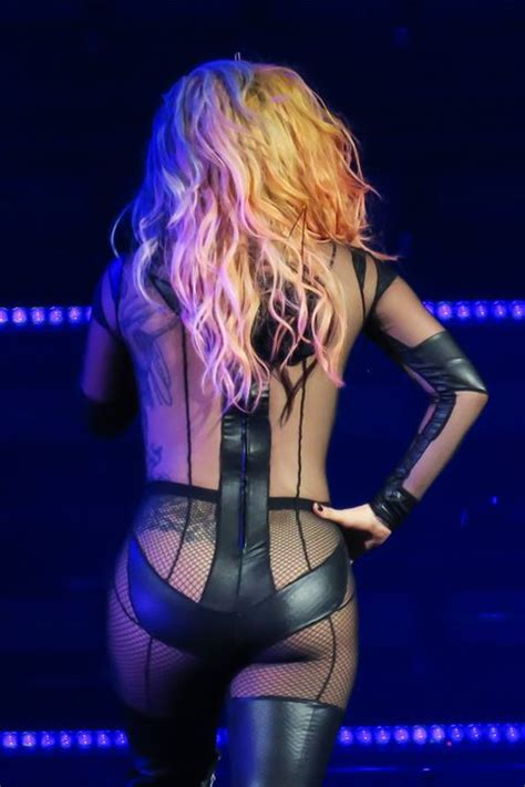 Lady Gaga Joanne Tour Costumes - Lady Gaga Joanne Tour Outfits