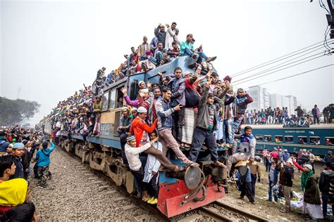 Jumping on the bandwagon! Commuters take the rush hour