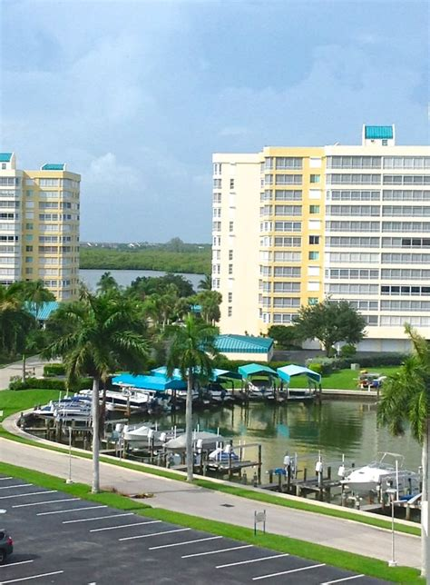 Naples FL Real Estate, Just listed, Beachfront condos for