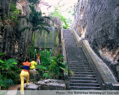 Queens Staircase - Nassau Queens Staircase