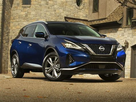 Nissan Murano by Model Year & Generation - CarsDirect