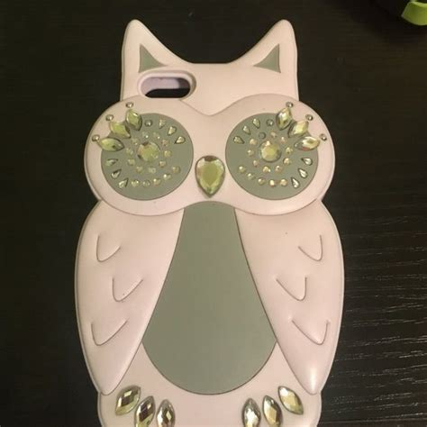 Owl case new and clean For iPhone 5,5s Claire's