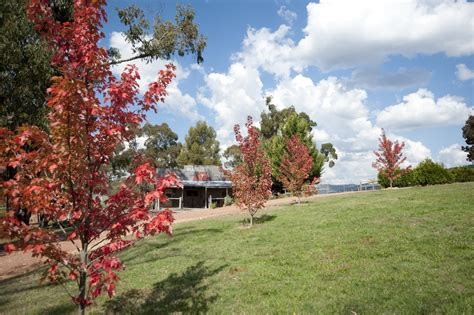 Howqua Valley Views - Cabin for Rent in Howqua, VIC, AU