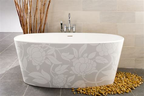 Large soaker bathtubs are totally luxurious   Toronto Star