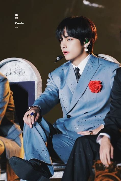 10 Times BTS' Taehyung Looked Super Attractive In A Suit