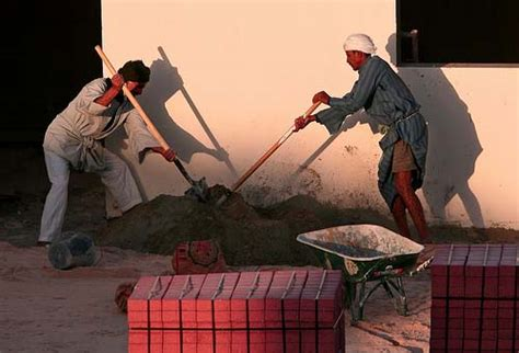 Official: More low-income workers in Qatar seeking asylum